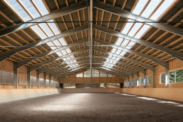 stables-indoors